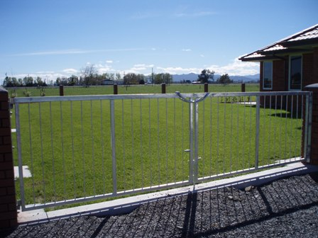 Fencing & Gates for domestic property